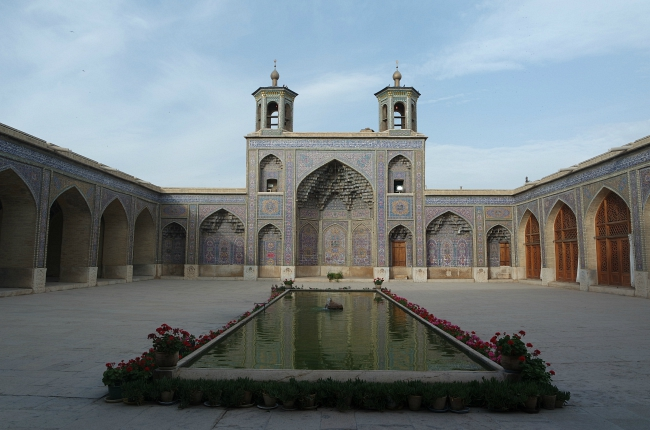 tips-Nasir-Al-Molk-Shiraz