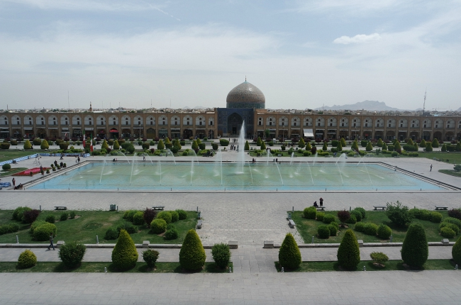 Naqsh-e Jahan square Isfahan, Naqsh-e Jahan (Imam) square in Isfahan: the most beautiful square in the world
