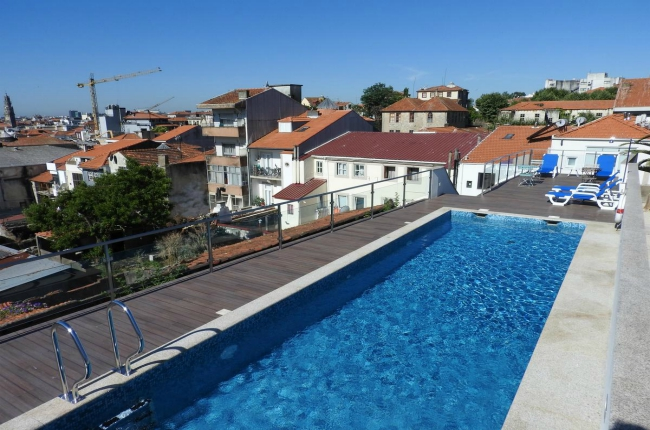 hotels swimming pool Porto, The 3 nicest hotels with swimming pool in Porto